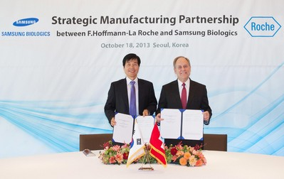 Signing Ceremony for Strategic Manufacturing Partnership between F.Hoffmann-La Roche and Samsung BioLogics, Oct. 18th, 2013