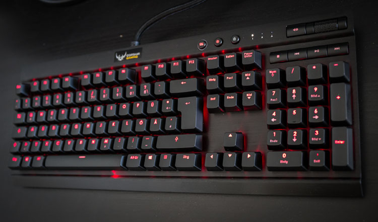 corsair k70 keyboard
