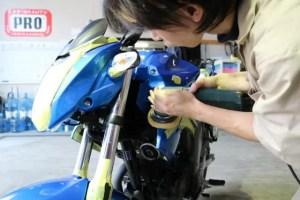 バイク研磨作業