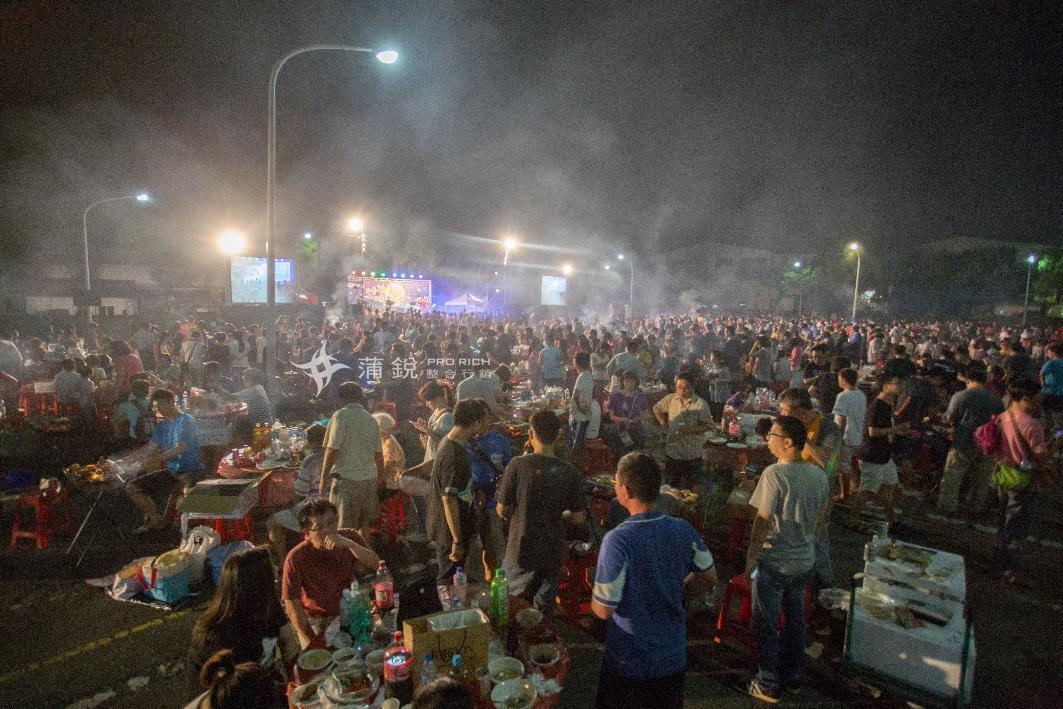 蒲銳整合行鈥月-中秋烤肉,聖誕晚會歌唱比賽 (4)