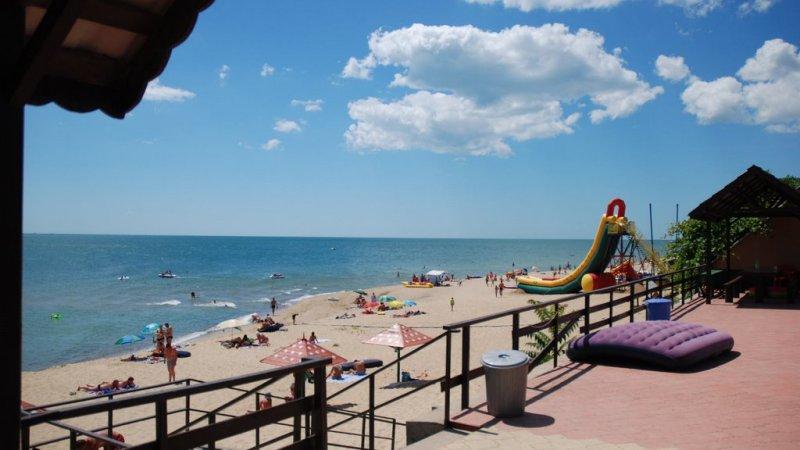 Грибовка: цены, базы отдыха, пляжи, развлечения