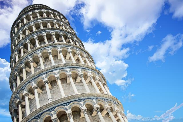 пизанская башня почему падает