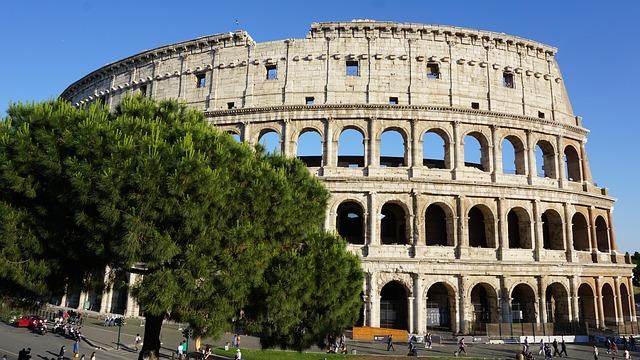 Колизей (Рим): интересные факты, история, архитектура, экскурсии, цена