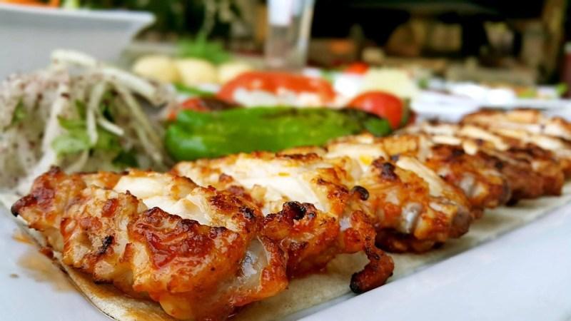 Турецкая кухня. Что попробовать: супы, салаты, сладости, напитки