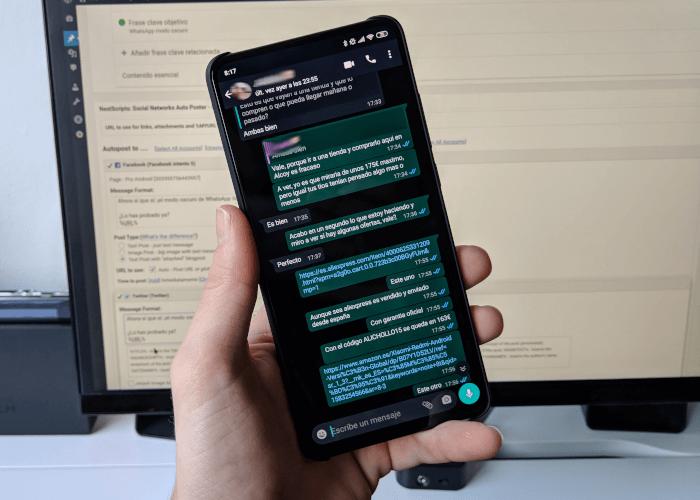 Modalità oscura di WhatsApp