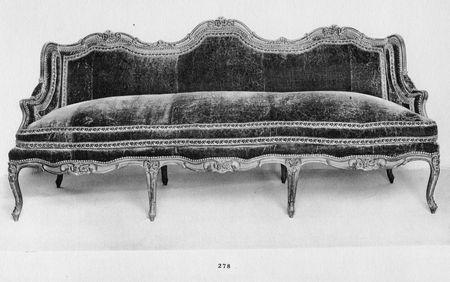 Canapés à joues, collection Jacques Doucet