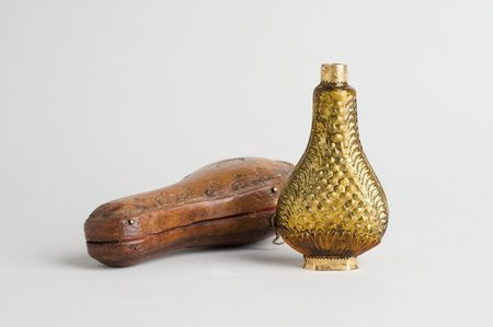 Flacon à parfum en verre ambré