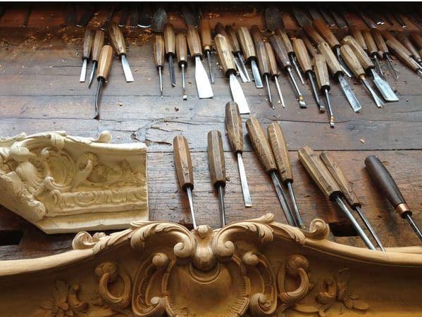 Dans l'atelier de Patrick Blanchard, sculpteur ornemaniste à Enghien-les-Bains