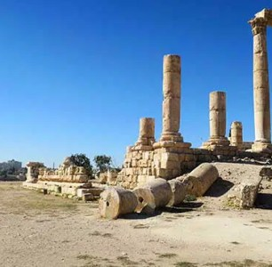 In modern day Jordan, you'll find stunning Roman history laying around in Amman, Jerash and Petra. Find the 5 Roman Ruins in Jordan that are worth a visit.