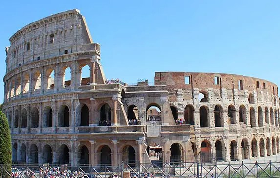 9 Most Impressive Roman Ruins in Rome You Can't Skip