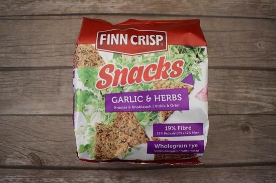 Brandnooz Box Februar 2017 Finn Crisp Garlic Probenqueen