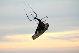 Anton Custom KiteBoard Bullet clear wood Proto 17
