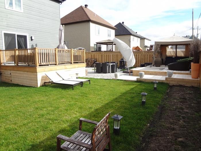 Realisation dun balcon dune terrasse a boucherville sur la for Club piscine rive sud