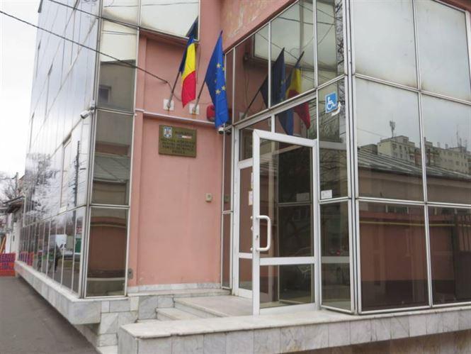 AJOFM Brăila anunță un număr de 374 locuri de muncă vacante în județul Brăila