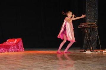 Armoniile Dunarii, concurs national de muzica usoara pentru copii