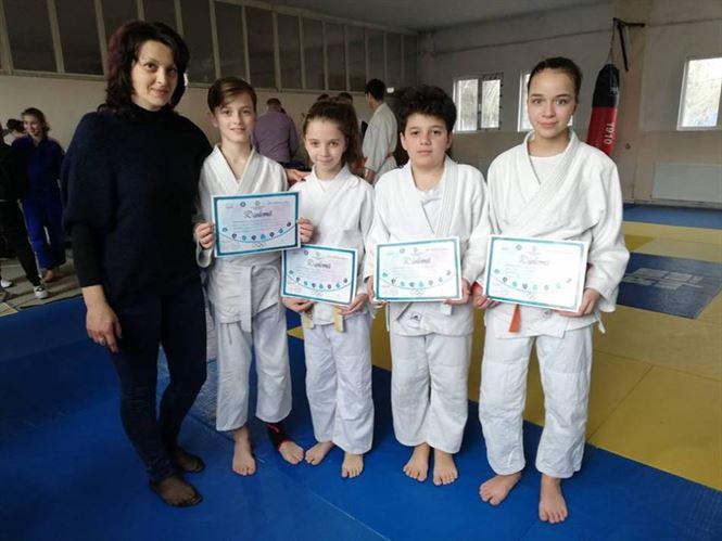 Patru judoka de la CSM Brăila s-au calificat la etapa finală de juniori U14 și U16