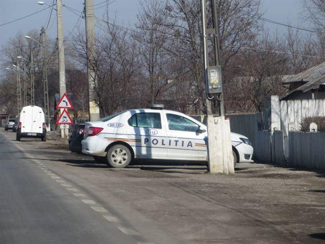 Trei tineri din Viziru bănuiți de mai multe furturi de la o fermă din localitate