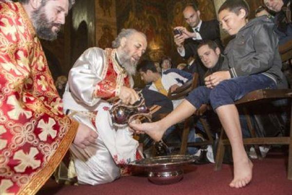 Un gest evanghelic al Arhiepiscopului Casian