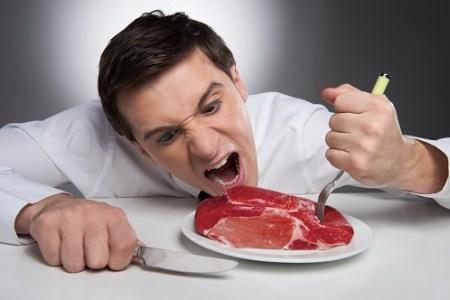 Je člověk všežravec, nebo jsme se na masitou stravu přeučili?