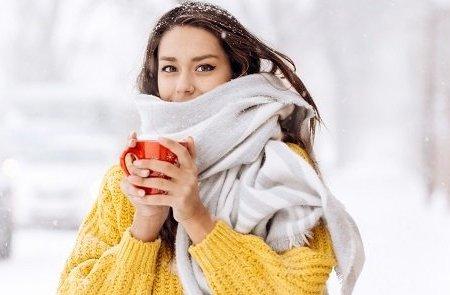 Mýty, které nakonec platí. Proč je ženským zima a nejdůležitější je snídaně