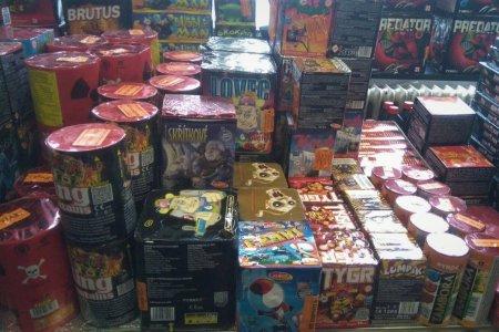 Zábavní pyrotechnika: kategorie, kde nakupovat a na co si dát pozor?