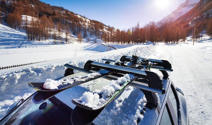 Jak vybrat střešní box na lyže. Do Rakouska bez něj raději nejezděte