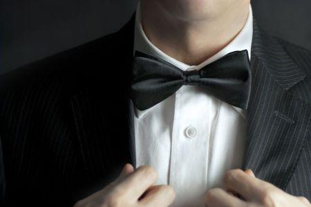 kravata a motýlek