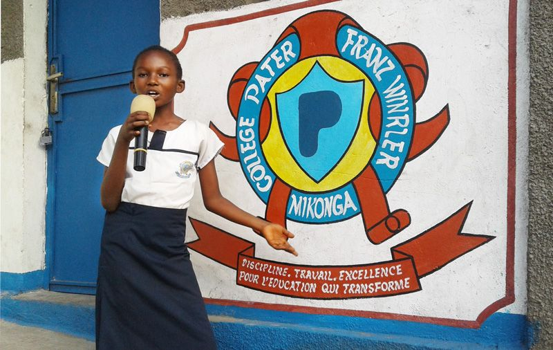 Becas niñas colegio Congo