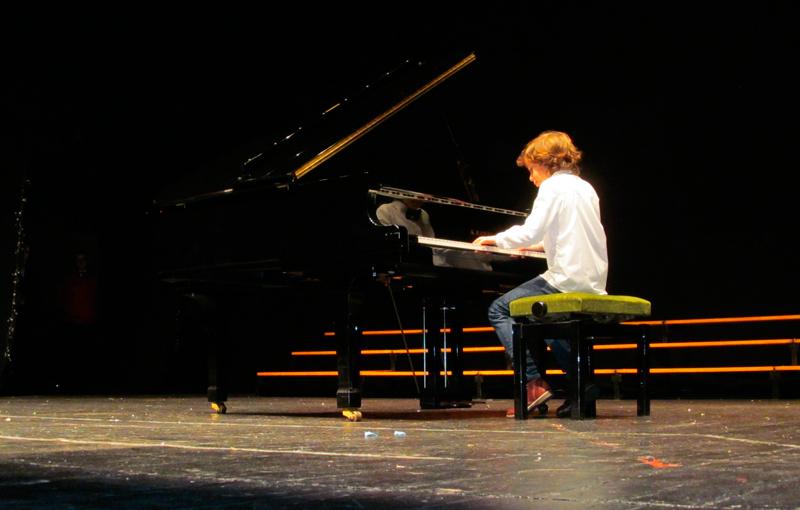 Certamen de Villancicos en Almendralejo. Piano