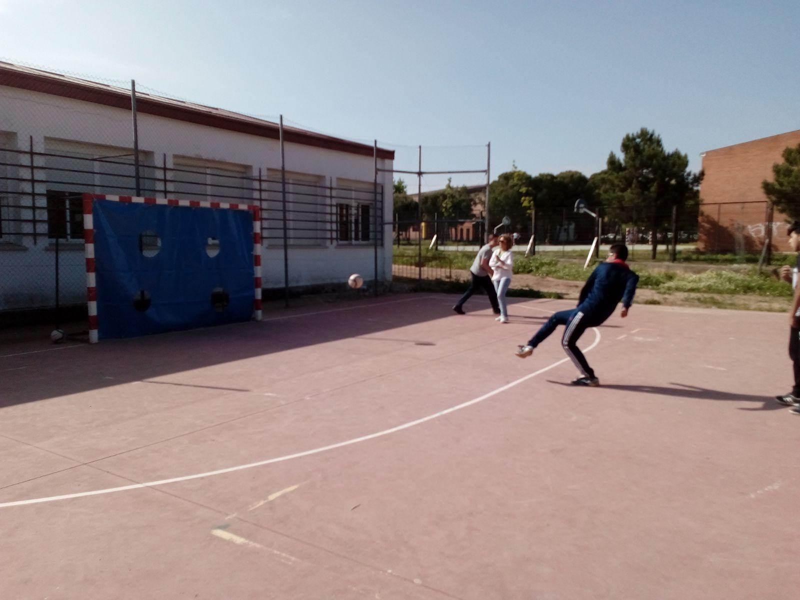 Penaltis Solidarios en el IES Santiago Apóstol