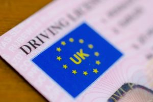 Goverment investigates graduateddriving licence scheme