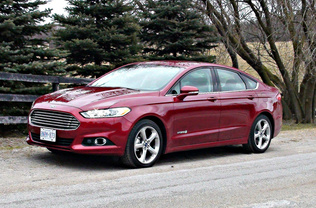 Ford Fusion. Photo by Tino Rossini on Flickr / CC BY 2.0.