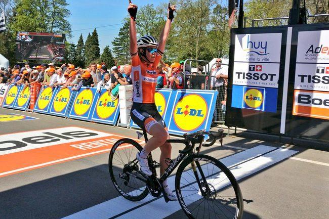 Anna van der Breggen wins 2018 Flèche Wallonne Féminine