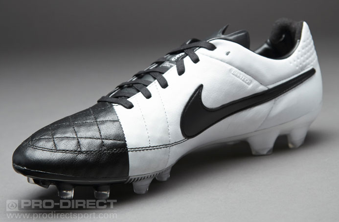 Nike Tiempo Legend V FG  Soccer Cleats  Firm Ground