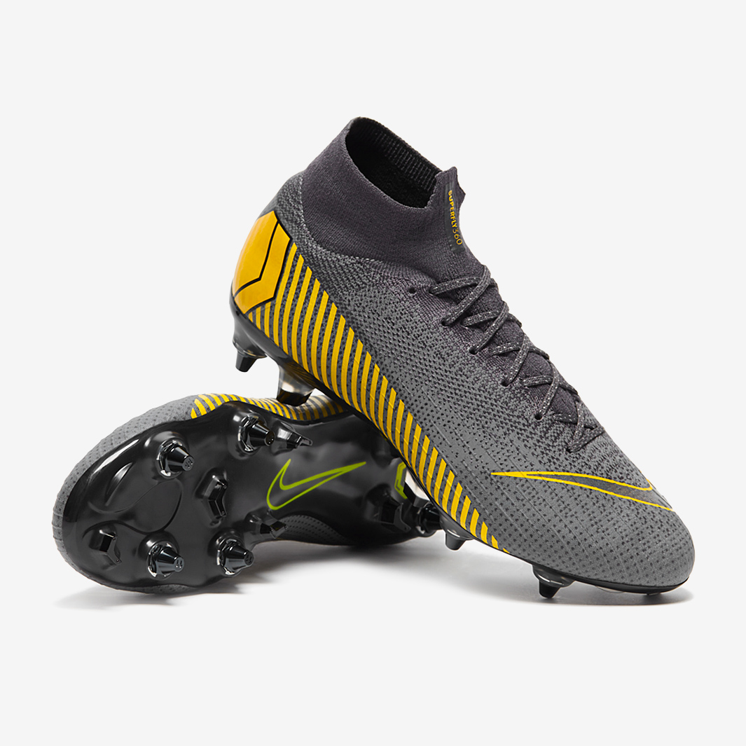 Kids Nike Indoor Soccer Shoes