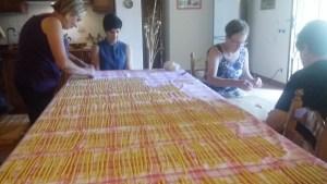 la preparazione casalinga dei maccheroni siciliani