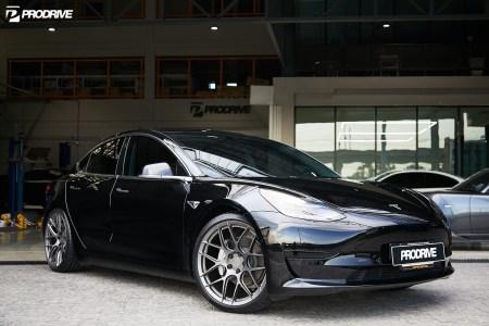 Tesla Model 3 x BC FORGED x KW