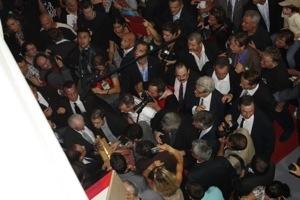 La presencia del Presidente Hollande levqnto un gran revuelo