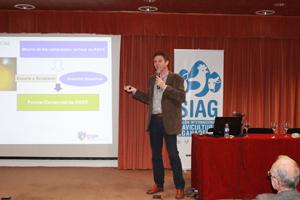 D. José Miguel Contreras, del Servicio Técnico Porcino de DSM durante su presentación en las Jornadas Técnicas ARAPORC 2014