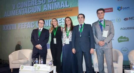 Cuatrocientos operadores del sector productor de piensos y ganadería han debatido sobre los retos y el potencial de la alimentación animal