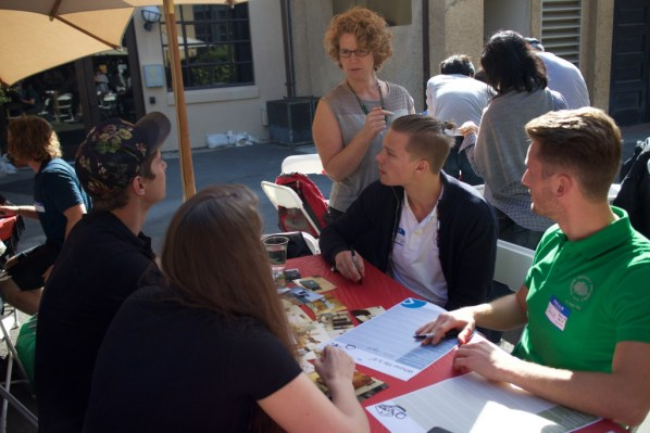Jenny Elfsberg at the Stanford ME310 kick-off together with students in workshop mode.