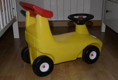 coche andador de plástico