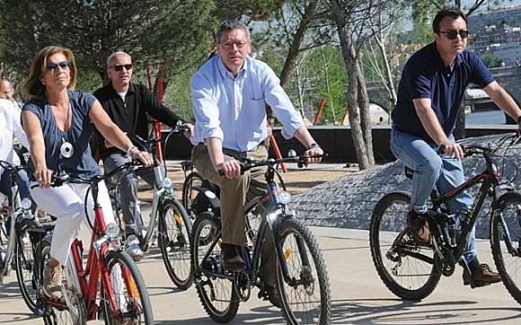 gallardón cobo botella bici el mundo