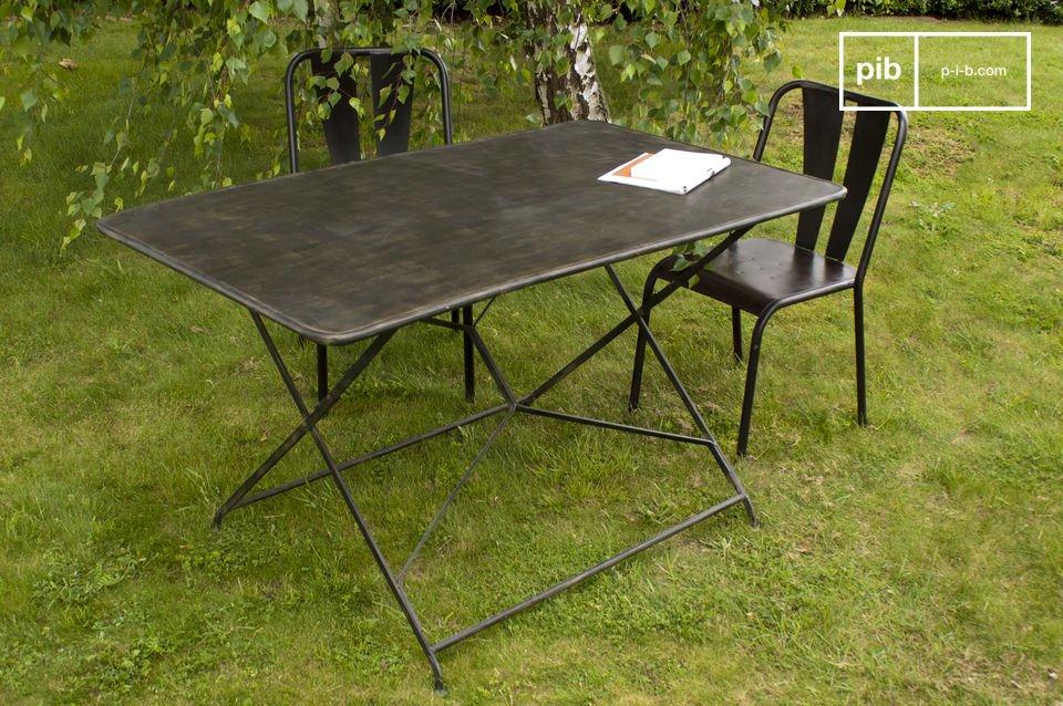 table de jardin compiegne