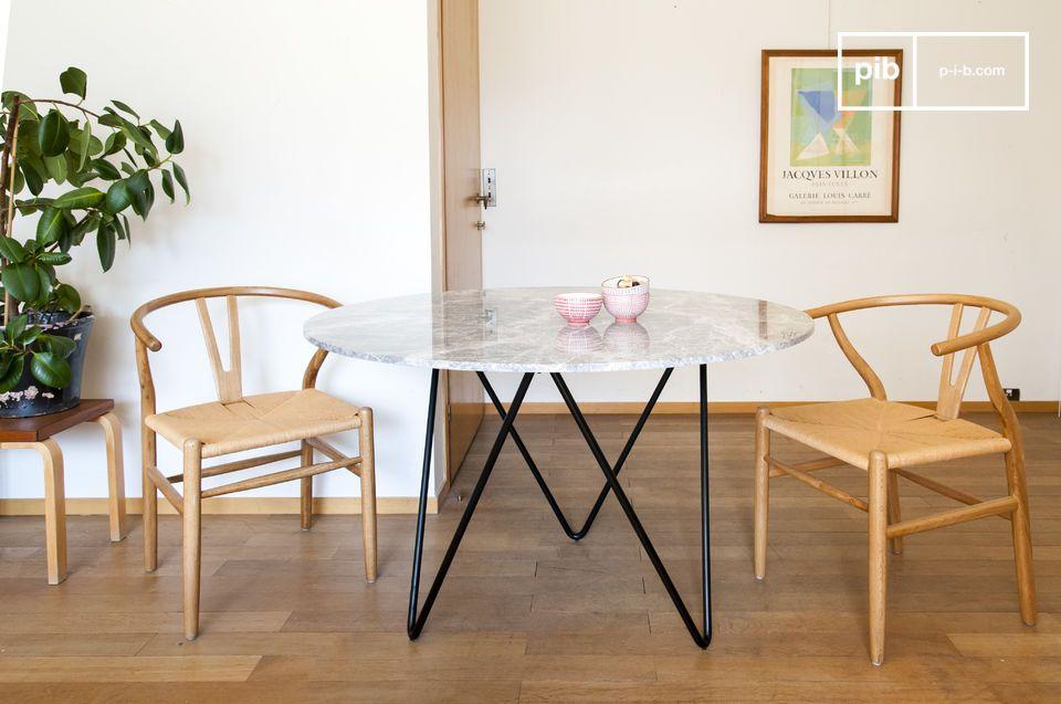 table ronde en marbre grimaud
