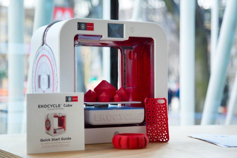 ekocycle, uma impressora que fabrica objetos a partir de materiais recicláveis, como a garrafa pet com a impressão 3d e sustentabilidade