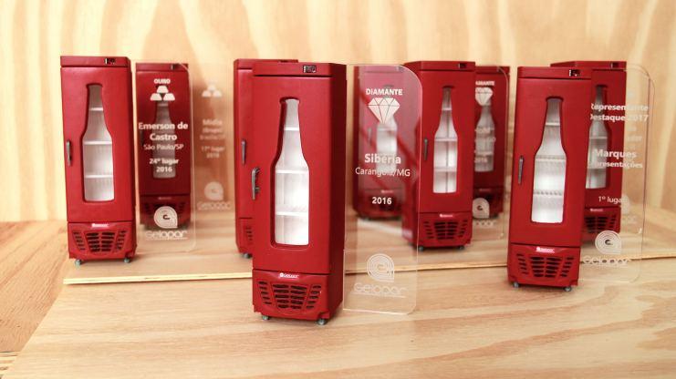 trofeus gelopar design no marketing promocional