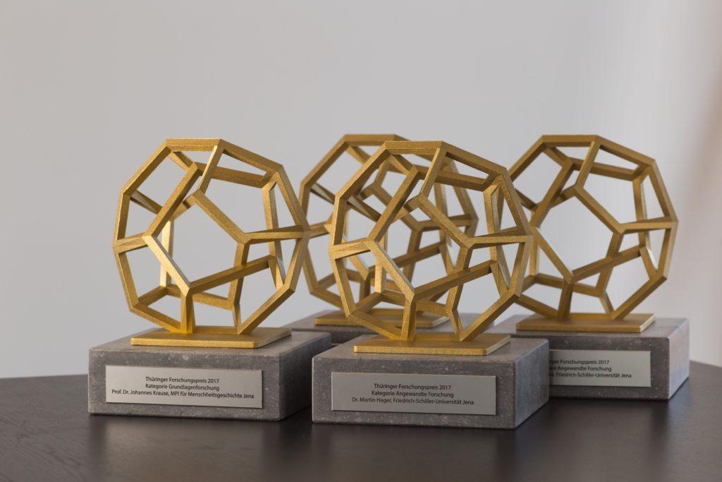 trofeus criativos: poliedro