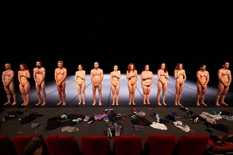 Festival d'Avignon – Le frénétique chemin d'humanité des «bêtes de scène» d'Emma Dante