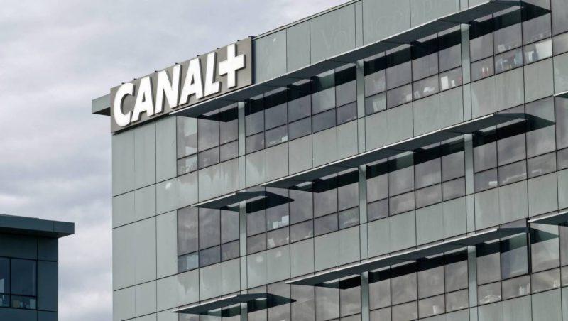 Signature de l'accord entre les organisations du cinéma et Canal+